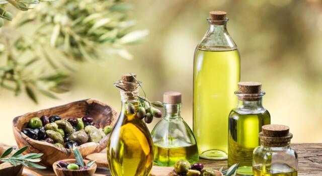 Olio extravergine d'oliva: l'80% degli italiani preferisce la qualità