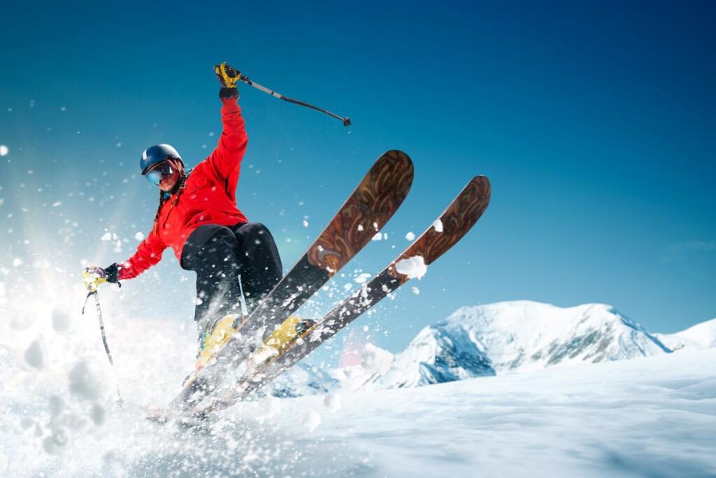 Uno sciatore