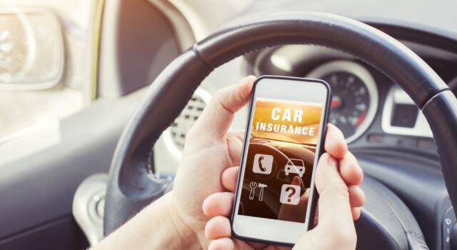 Assicurazioni auto online false, segnalati i siti internet irregolari