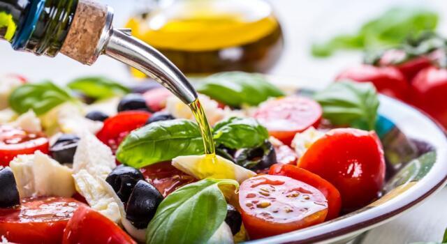 I benefici della dieta mediterranea sui disturbi cognitivi