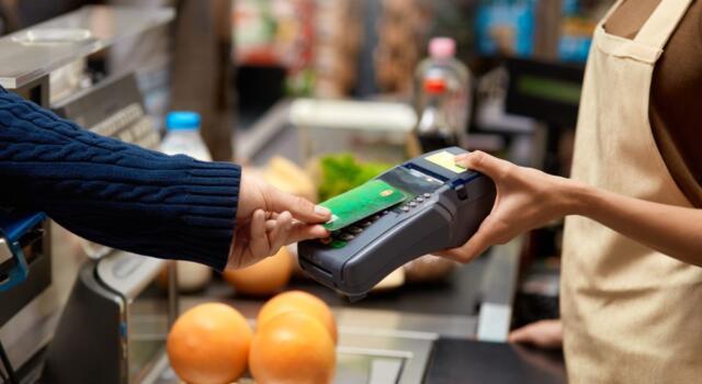 Cashback: finalmente pagamenti anche con le tessere del supermercato