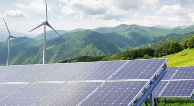 La prima Comunità Energetica Rinnovabile in Italia si chiama Magliano Alpi