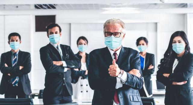 Vaccino in azienda, firmato il protocollo: a chi è destinato e come aderire