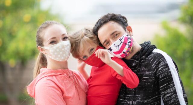 """Mascherine di stoffa sono da """"untori"""": l'allarme della Fonderia Mestieri di Torino"""