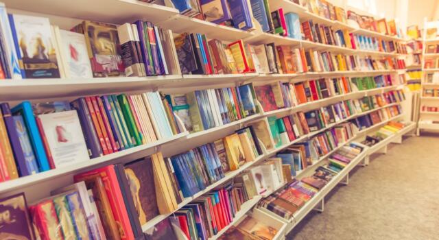 La pandemia non ferma la lettura: in Italia il mercato dei libri aumenta nel 2020-2021