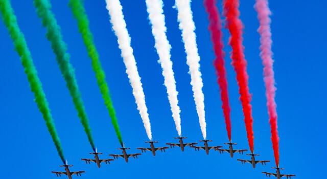 Cosa fanno i piloti di Frecce Tricolori e quanto guadagnano?