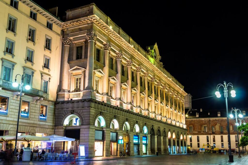 edificio di la Rinascente a Milano