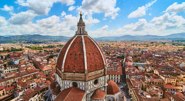 Come procede il turismo in Italia nell'estate 2021? I numeri di Venezia, Firenze, Bari e Palermo