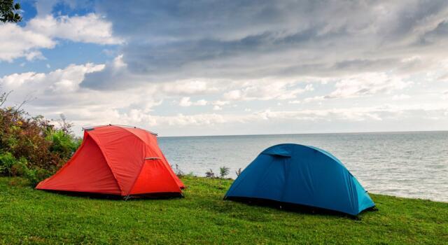 Addio canadesi: le migliori tende da campeggio per il glamping, il camping di lusso