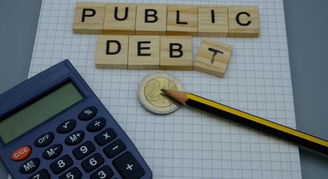 Debito pubblico: quali sono i Paesi più indebitati del mondo? Com'è messa l'Italia?