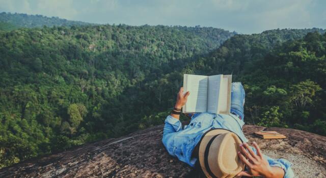 Estate 2021: i libri da leggere con le migliori idee di viaggio