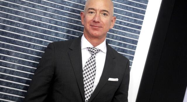 Amazon aprirà i negozi di lusso: l'ultima sfida di Jeff Bezos