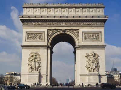 L'Arco di Trionfo impacchettato: rivelata l'ultima opera dell'artista Christo