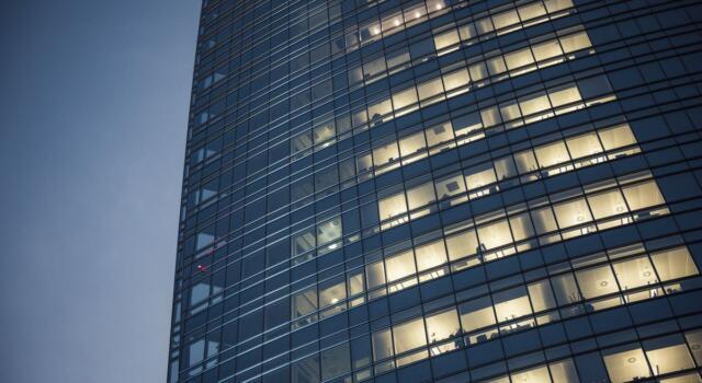 Lvmh apre i nuovi uffici a Milano: così si rinnova il colosso del lusso